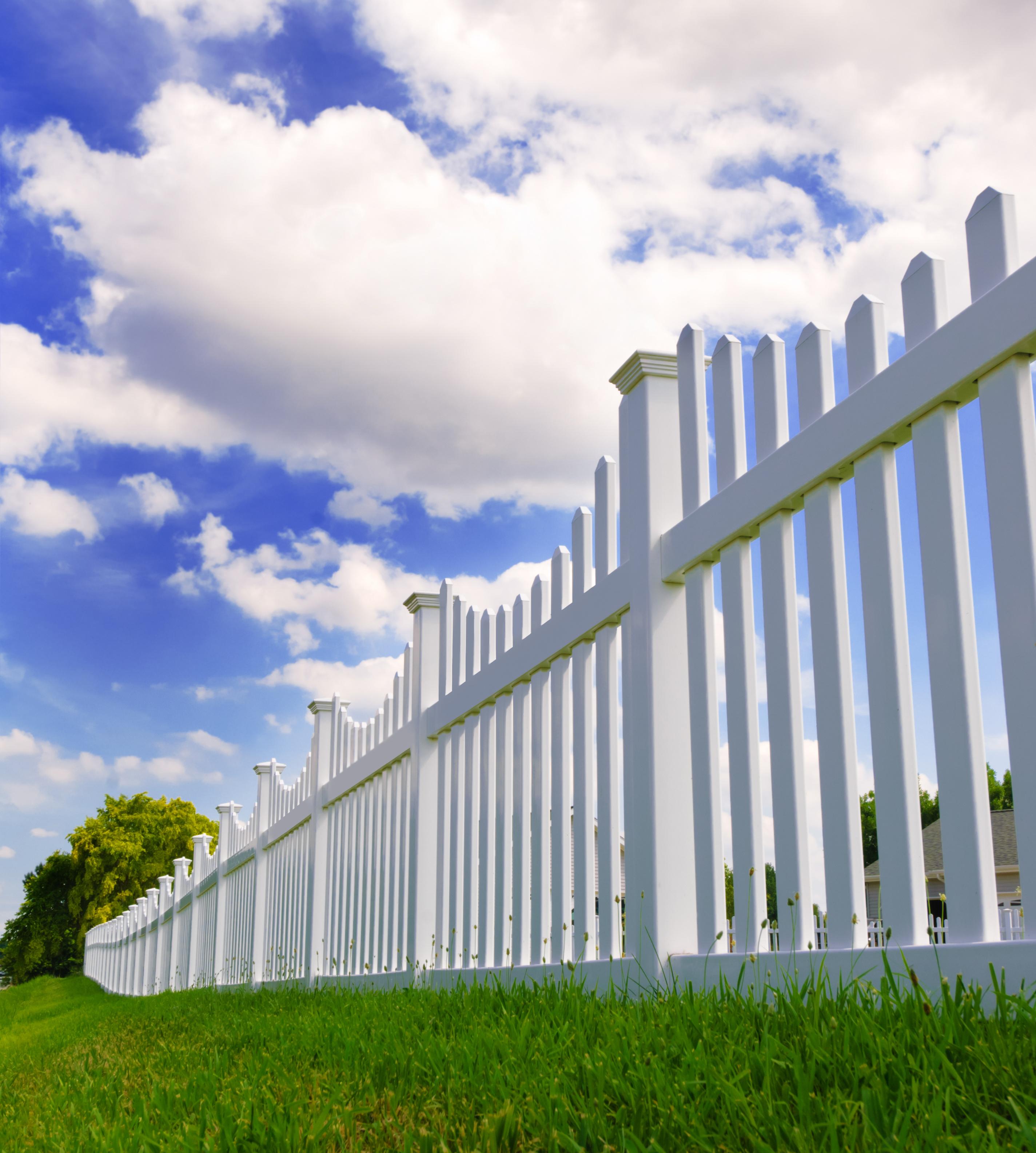 Vinyl Fencing | Hempstead, Medford, Long Island, Suffolk County, Nassau County, NY | Wood Kingdom West